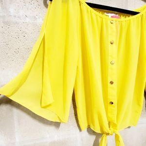 A'GACI • Cold shoulder split sleeve tie up top